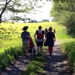 In die Natur getragen Tragespaziergang Feldkirch